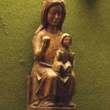 Virgen-románica-de-Barrio-de-Nuestra-Señora